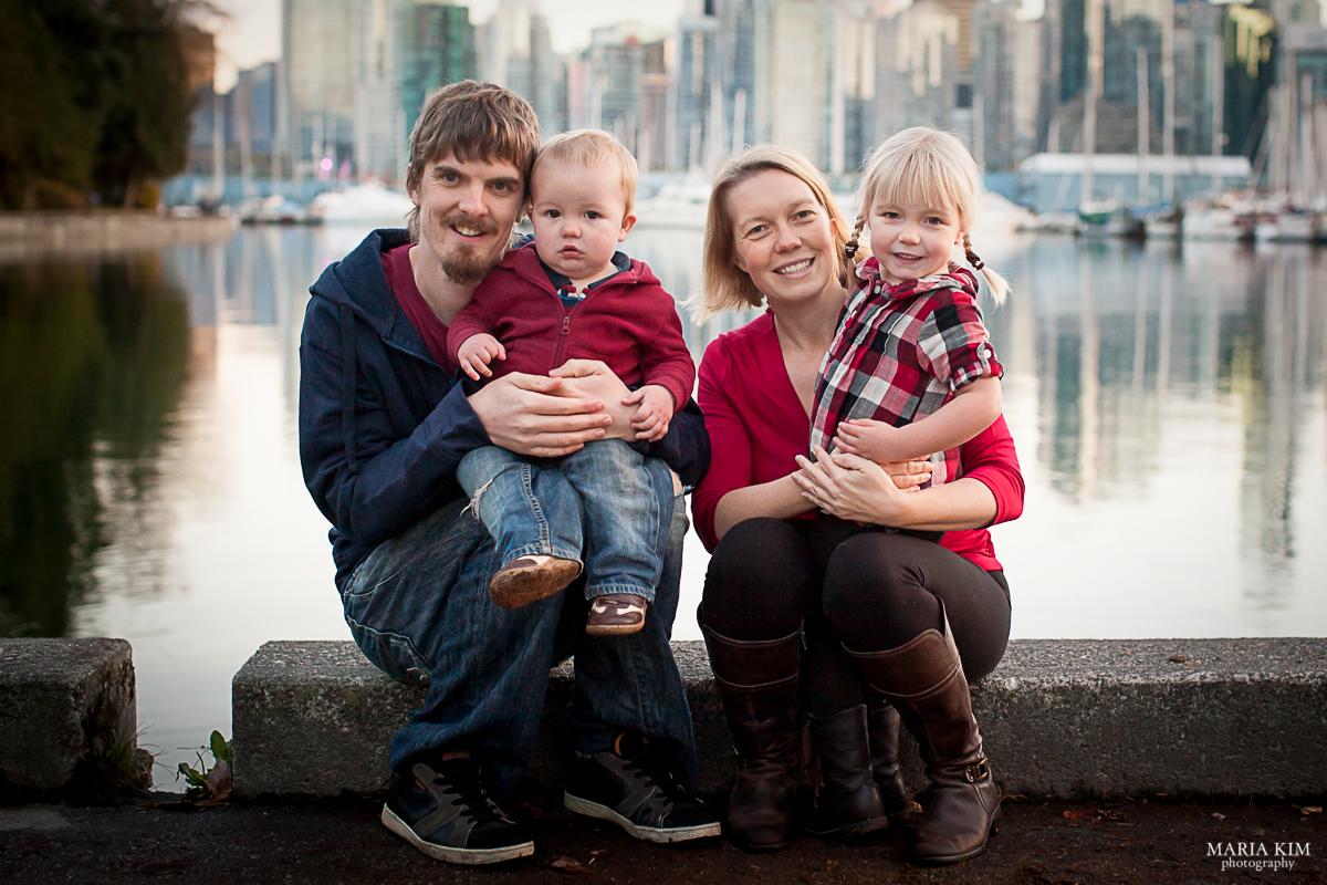 Maria Kim | Family | Stanley Park, Vancouver BC | Portrait Photography